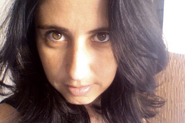 Ariadne Filipe Apresentadora, produção e assistente de edição