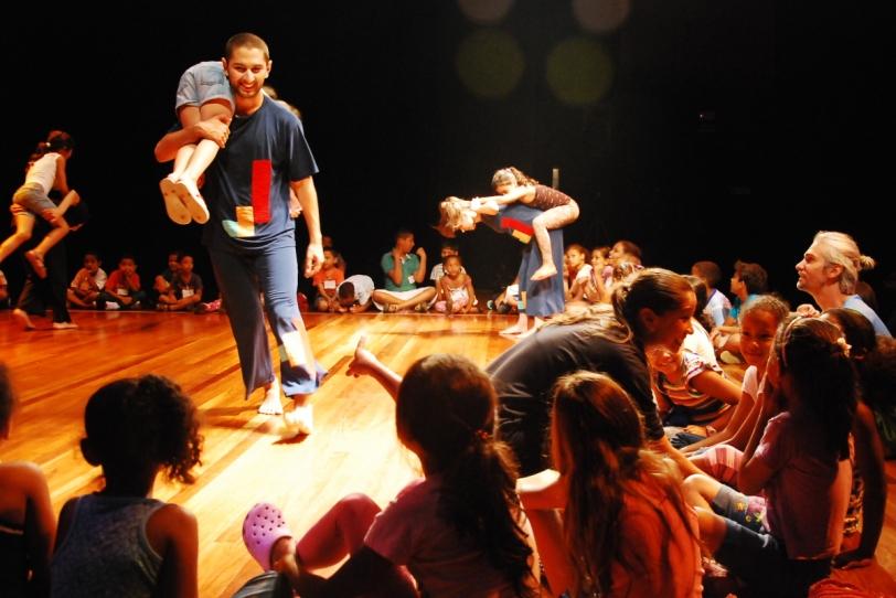 Espetáculo interativo Coreológicas Ludus dança para toda a família